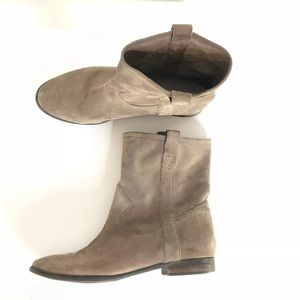Vince Camuto brown taupe suede boots